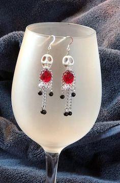 Crystal Jewelry, Wire Jewelry, Jewelry Crafts, Beaded Jewelry, Handmade Jewelry, Ruby Jewelry, Jewlery, Skull Earrings, Beaded Earrings