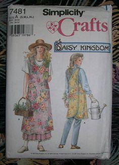 SIMPLICITY 1997 Sewing Pattern #7481 Daisy Kingdom Garden Apron