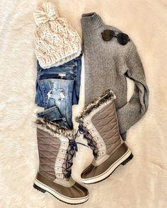 womens fashion winter which look cool. Ski Fashion, Thrift Fashion, Womens Fashion, Ladies Fashion, Fashion Outfits, Fashion 101, Fashion Clothes, Fashion Ideas, Winter Wear