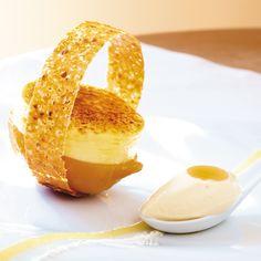 1. Les citrons : laver et piquer les citrons et les blanchir 3 fois. Réaliser le sirop avec 1.5L d'eau et 300g de sucre. Pocher...