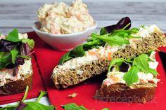 Mrkvová tofu nátierka Tofu, Salmon Burgers, Avocado Toast, Smoothie Recipes, Feta, Favorite Recipes, Cooking, Breakfast, Ethnic Recipes