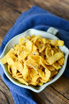 "Quite possibly the VERY best recipe that includes the corn chip. Yes my friend, say hello to ""Buttery Ranch Corn Chips"". Christmas No Bake Treats, Christmas Sweets, Christmas Baking, Snack Recipes, Cooking Recipes, Snacks, Frito Recipe, Appetizer Salads, Appetizers"