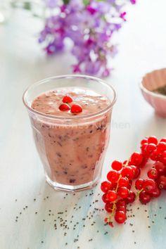 Chia smoothie, lekker voor de gezonde januari maandhttp://simoneskitchen.nl/chia-smoothie/