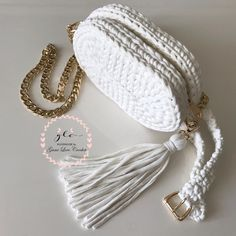 Best 12 Today i m showing you how to crochet for absolute beginners a detailed step by step tutorial on how – SkillOfKing. Diy Crochet Basket, Crochet Belt, Diy Purse Patterns, Macrame Patterns, Crochet Handbags, Crochet Purses, Crochet Bag Tutorials, Crochet Hair Accessories, Crochet Backpack