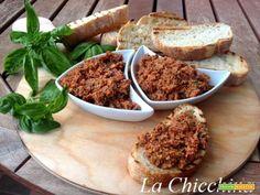 Bruschetta con goloso pesto di pomodori secchi  #ricette #food #recipes