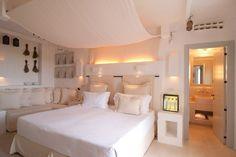 Borgo Egnazia vince il premio Virtuoso. Il network internazionale di luxury travel ha assegnato al relais a cinque stelle di Fasano (Brindisi) l'oro nella categoria 'Best hotel of the year'. A ritirare il riconoscimento a Las Vegas è stato il patron Aldo Melpignano, di fronte a una platea di 1.400 o…