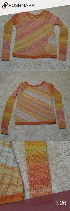 """Free People Boat Neck Pullover Sweater Free People boat neck pullover sweater. Size small. Acrylic/Wool/Cotton blend. Gently worn once and in excellent condition!  Approximate measurements Armpit to armpit 18 1/2"""" Shoulder to hem 22"""" Sleeve length 25"""" Free People Sweaters"""