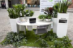 and another picture of eFIG pop up office