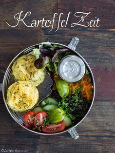 Kartoffellaibchen mit Salat... Essen To Go, Ober Und Unterhitze, Potato Salad, Healthy Recipes, Healthy Food, Lunch Box, Yummy Food, Vegetables, Ethnic Recipes