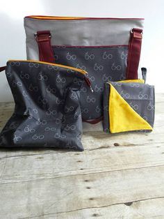 Harry Potter diaper bag set. Can be done in any house color combination.  Other prints available as well, like deathly hollows and dark mark!