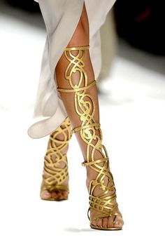 'You like this: I ADORE these Elie Tahari Spring 2012 Shoes!!' -- Elie Tahari Spring 2012 RTW #fashion #runway #shoes #lattice #gold #heels