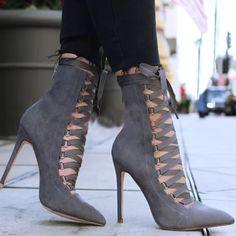 Chunky High Heels, Black High Heels, High Heels Stilettos, High Heel Boots, Low Heels, Heeled Boots, Stiletto Heels, Shoes Heels, Heeled Sandals