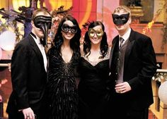 Simple sleek masquerade ball attire🎩👠
