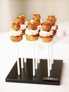 Understanding French Desserts - Useful Articles Small Desserts, French Desserts, Mini Desserts, Dessert Recipes, Eclairs, Profiteroles, Food Design, Buffet Dessert, French Patisserie