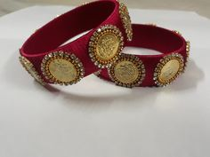 Silk Thread Bangles Design, Silk Thread Earrings, Thread Jewellery, Beaded Jewelry, Diy Jewelry, Kundan Bangles, Silk Bangles, Handmade Jewelry Box, Bangles Making