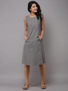 Best 11 Grey Brown Cotton Paneled Long Dress by the Wooden Closet – SkillOfKing. Simple Dresses, Cute Dresses, Casual Dresses, Short Dresses, Linen Dress Pattern, Dress Patterns, Kurta Designs Women, Blouse Designs, Frock Fashion
