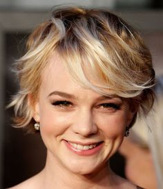 New Arrival Top Quality Short Mixed Color Wavy Bouncy Side Bangs Hairstyle Capless Human Hair Wig About 8 Inches