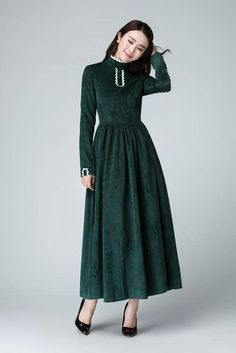 Details: * Made from green Corduroy * Small Qipao collar,long sleeveless * Hidden Back zipper * Maxi dress,long Spring dress * Bridesmaid dress,wedding dress,party dress * SIZE GUIDE http://etsy.me/2AC9UzJ NOTE Please leave us your body measurement When you Place an order, they will help us