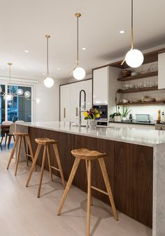 Kitchen Ideas Discover IC Light Suspension by Flos Lighting Rustic Kitchen, Contemporary Kitchen, Kitchen Design, Kitchen Decor, Kitchen Interior, Kitchen Layout, Farmhouse Style Kitchen, Kitchen Style, Modern Kitchen Design