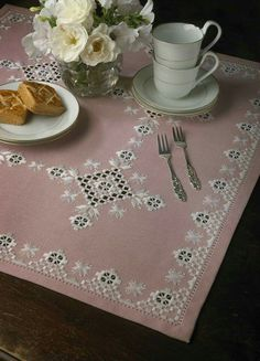Simple border with nice interior design. Not too much cutwork. Hardanger Embroidery, Cross Stitch Embroidery, Hand Embroidery, Tablecloths For Sale, Types Of Embroidery, Embroidery Patterns, Gingham Tablecloth, Round Tablecloth, Rugs