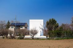 The House reflecting Ripples by Kichi Architectural Design
