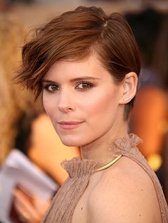 Kate Mara on Aging in Hollywood: It's 'a Big Deal in Our Industry' – but I'm 'Excited' About It http://www.people.com/article/kate-mara-aging-hollywood