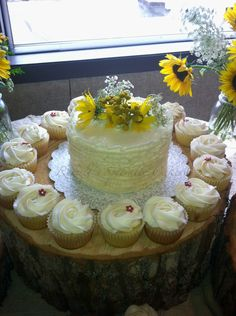 Rowell's Specialty Cakes Rustic wedding cake Rustic wedding cake and cupcakes