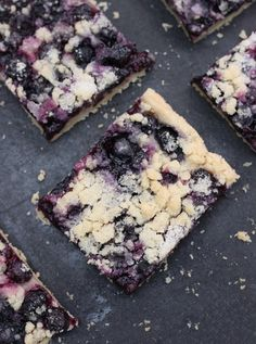Blueberry shortbread bars - SO quick and easy!