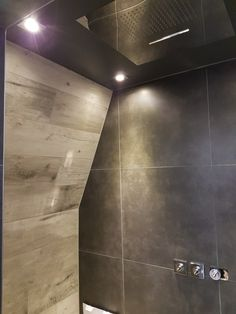 #keramischparket #badkamer #regendouche #tres #rainshower #bathroom