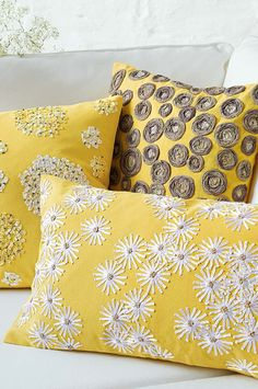 With almost 2000 filled cushions and almost 500 cushion covers to choose from, Wayfair's expansive collection leaves you spoilt for choice. Cute Cushions, Yellow Cushions, Decorative Cushions, Scatter Cushions, Diy Cushion Covers, Cushion Cover Designs, Pillow Covers, Yellow Cushion Covers, Burlap Pillows