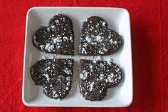 Two Bite Peanut Butter Chocolate Brownies (Vegan) Chocolate Peanut Butter Brownies, Chocolate Protein Powder, Vegan Chocolate, 2 Bite Brownies, Vegan Brownie, Granola Bars, Food Processor Recipes, Vegan Recipes, Sweets