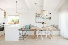 Interior designer Kate Cooper's savvy renovation has reimagined this Sunshine Beach home as a contemporary Airbnb haven. Coastal Living Rooms, Coastal Homes, Coastal Decor, Modern Coastal, Style At Home, Engineered Timber Flooring, 70s Home Decor, Craftsman Kitchen, House And Home Magazine