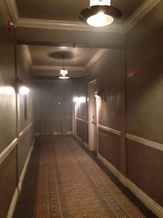 AndrewBikichky: Motel hallway set Ep622 #Castle Creepy, Scary, Am I Dreaming, Nostalgic Pictures, Im Losing My Mind, Weird Dreams, American Horror Story, Motel, Abandoned Places