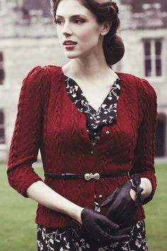 Fever - 1940s Bray Cardigan in Port