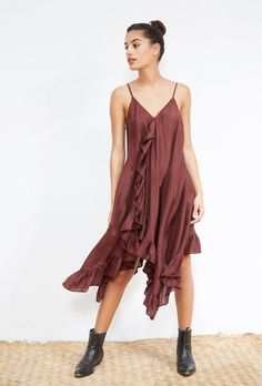 Pamina DRESS for women style. Paris women fashion designer store for women. Buy DRESS fashion in Paris. Fashion Art, Womens Fashion, Buy Dress, Summer Looks, Silk Dress, Dresses Online, Fashion Dresses, Spaghetti Straps, Cami