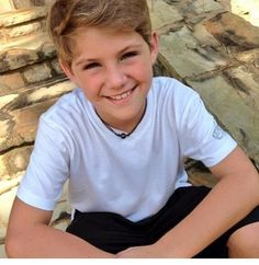 MattyBRaps. I feel like it should be ágainst the law for a kid to look that good, but he's really talented