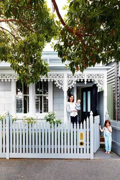 Scandinavian-style makeover in the heart of Melbourne. From the July 2016 issue of Inside Out magazine. Styling by Heather Nette King. Photography by Armelle Habib. Interior Design by Terri Shannon & Emma Hunting of Bloom Interior Design & Decoration. Victorian Cottage, Victorian Terrace, Victorian Homes, Victorian Era, Modern Victorian, French Cottage, Terraced House, Cottage Exterior, Interior And Exterior
