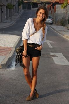 Casual Black Shorts Outfit