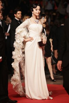 Chinese actress Fan Bing Bing in an Elie Saab Couture gown at the Polisse premiere | Cannes 2011