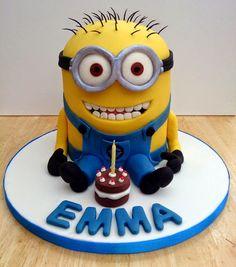How to Make a Minion Birthday Cake