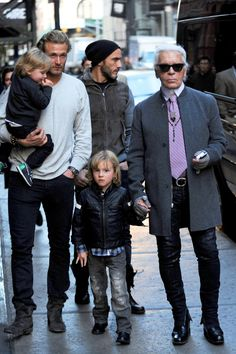 Karl Lagerfeld with Brad Kroenig, Hudson Kroenig Karl Lagerfeld Choupette, Karl Lagerfeld Kids, Brad Kroenig, Hudson Kroenig, Child Models, Male Models, Chanel Kids, Fendi, Kids Line