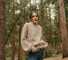 In super soft baby alpaca rib, the DOEN Lulu Sweater is our take on an approachable fashion girl sweater. The slightly high collar keeps you warm while the bubble sleeves make this more than just an o