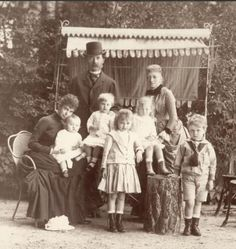 Grand Duchess Thyra of Hanover (nee Denmark), her parents the King and Queen of Denmark, and her children.