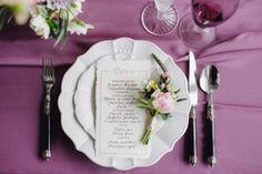 Декор свадебного меню, сервировка стола. #декор #сервировка #меню #посуда