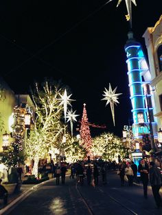 We love winter time at The Grove when decorations like this go up. Who has your favorite holiday decorations in town?
