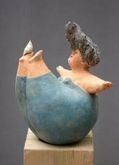 Ceramic art objects Picture gallery Pictures of the ceramist Jeanne te Dors . - artist - Ceramic art objects Picture gallery Pictures of the ceramicist Jeanne te Dors - Sculptures Céramiques, Art Sculpture, Pottery Sculpture, Ceramic Sculptures, Plus Size Art, Ceramic Figures, Paperclay, Pottery Designs, Ceramic Clay