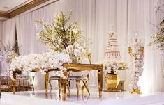 All White & Gold Luxury Wedding Inspiration All White Wedding, Luxury Wedding, Table Settings, Wedding Inspiration, Table Decorations, White Gold, Furniture, Home Decor, Decoration Home