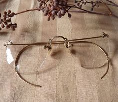 e25b9be2685 Vintage Frameless Eyeglasses  40 Monopoly Money
