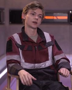Thomas Brodie Sangster on THE DEATH CURE set.