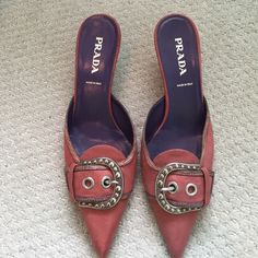 Prada heels Excellent condition! Prada Shoes Heels